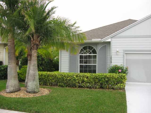 Vero Beach Home For Sale In Garden Grove