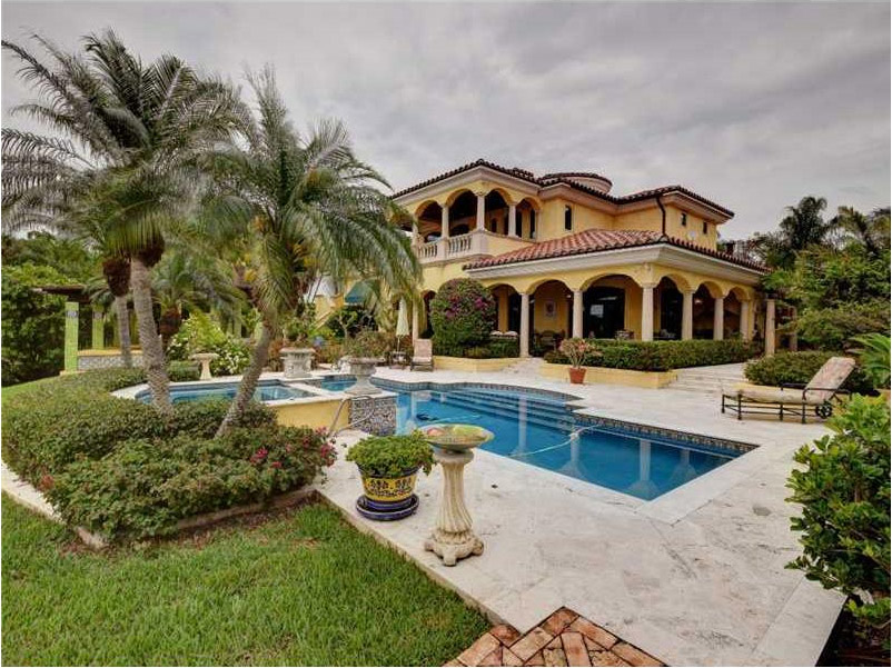 Indialantic Luxury Waterfront Home For Sale in Florida on Waterfront Backyard Ideas id=52243